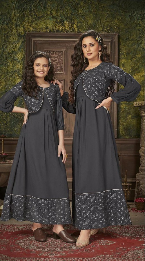 ROTRT1590-131319 Readymade Designer Party Wear Readymade Heavy Blumming Georgette Mother & Daughter Gown