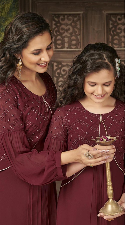ROTRT1590-131320 Readymade Designer Party Wear Readymade Heavy Blumming Georgette Mother & Daughter Gown