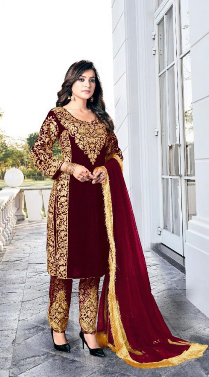 Heavy Designer Party Wear Heavy 9000 Velvet Maroon Salwar Suit ROT9307110092