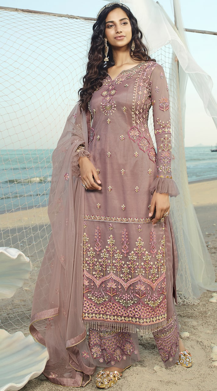 stylddm138-2918 Pink Color Exclusive Net Embroidered Suit