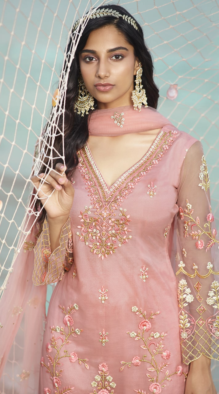 stylddm138-2924 Pink Color Exclusive Net Embroidered Suit