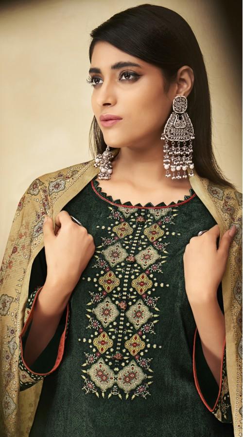 stylddm151-3011 Green Color Exclusive Velvet Digital Printed Suit